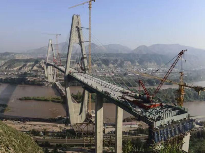 鼎强钢纤维案例--【甘肃】兰州黄河西固大桥合龙