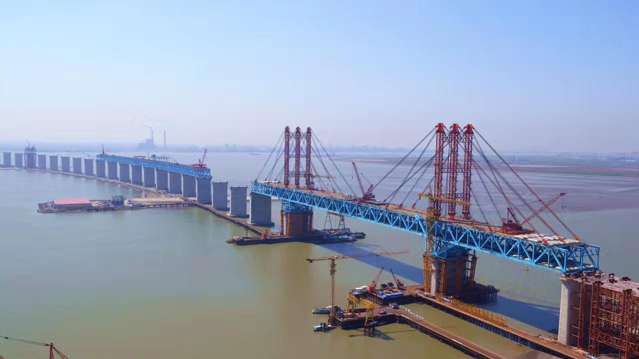 鼎强聚丙烯腈纤维案例----【江苏】沪通长江大桥